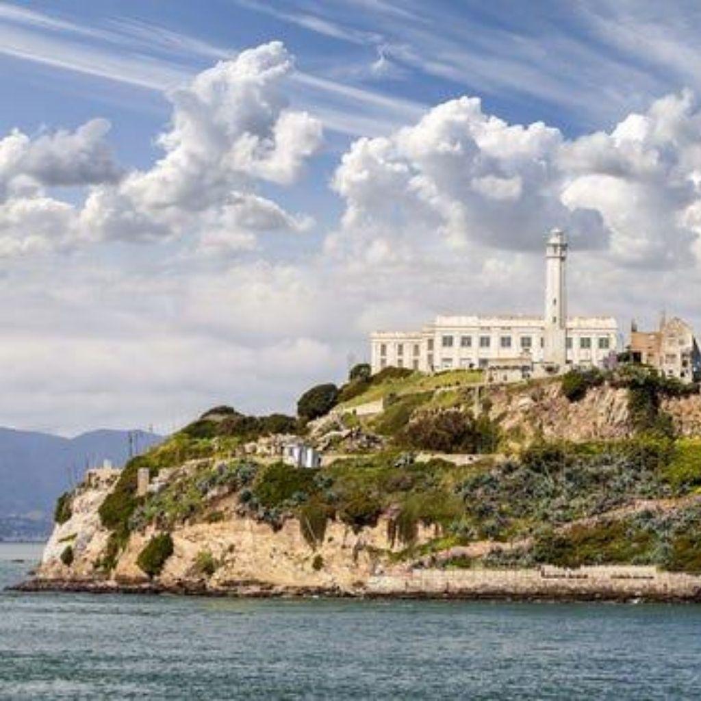 Alcatraz min