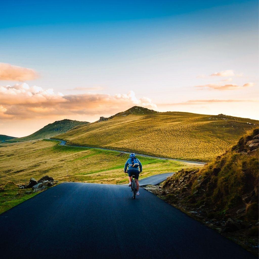 Bicycling PEI min