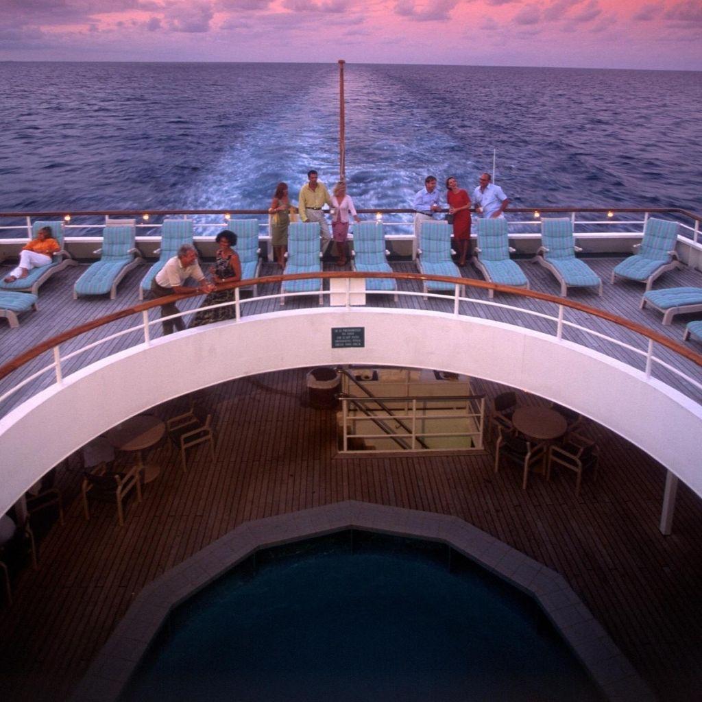 Last Minute Cruise min