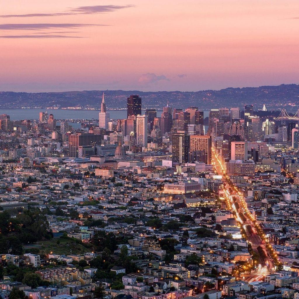 Twin Peaks Weekend in San Francisco min