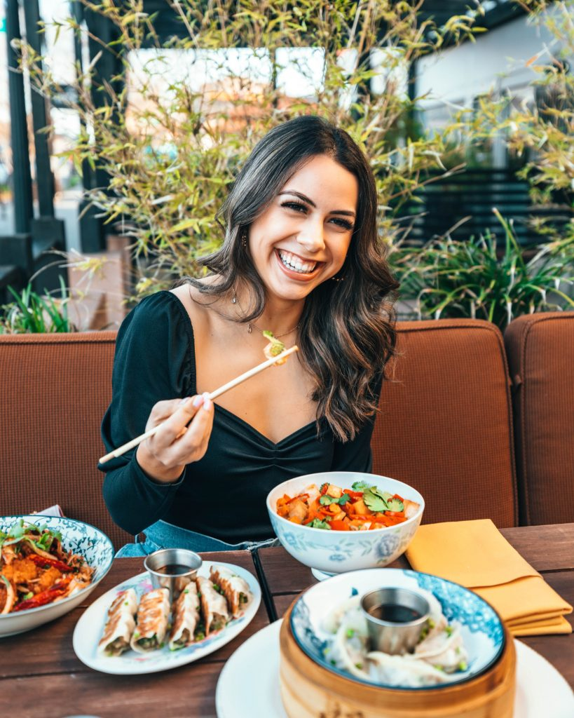 Eating Well While Traveling
